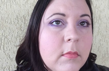 Spring lilac make-up look2