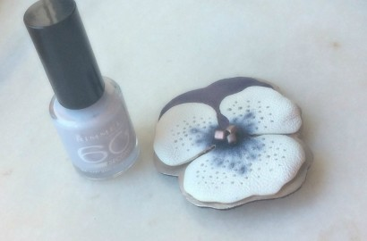 Rimmel 60 seconds Nail Polish 621 Mary Mary Quite Contrary-beautyinfiveminutescom
