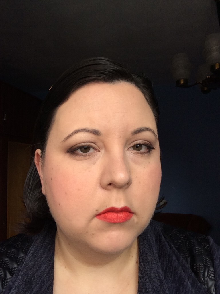Red hot lip make-up look1