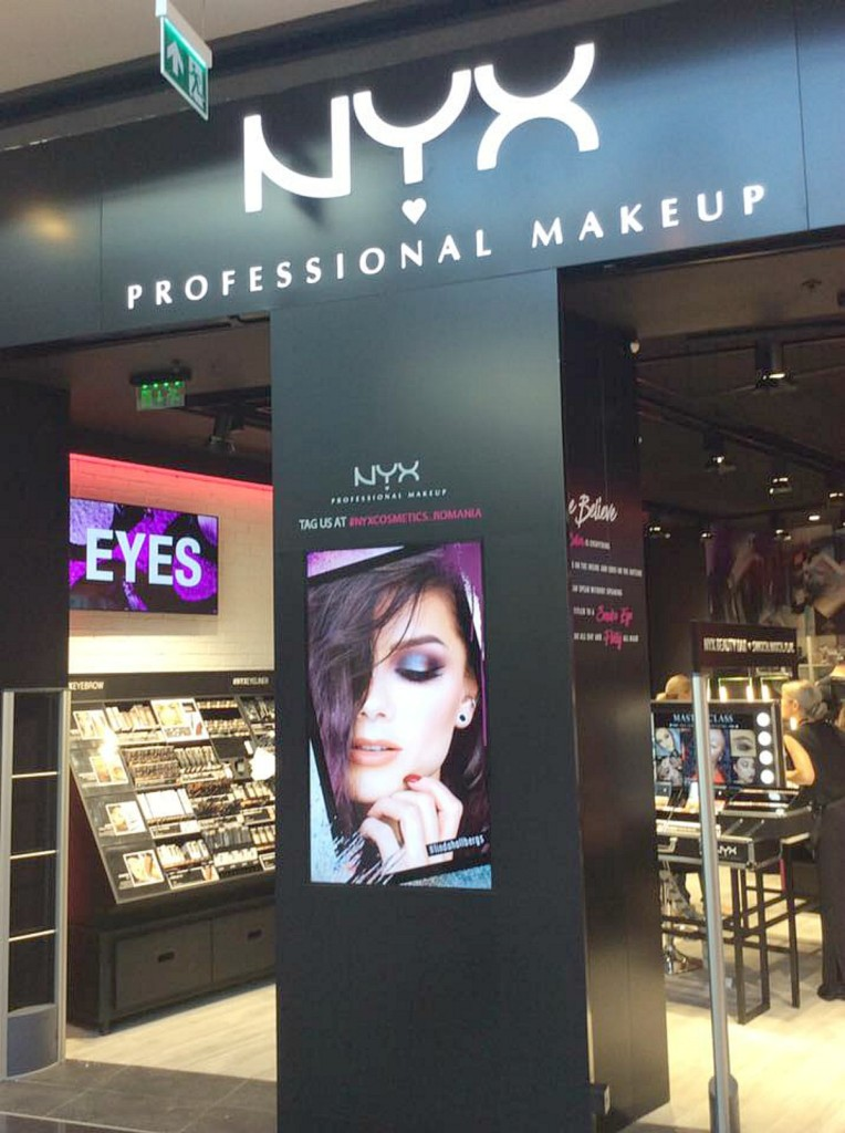 parklake_shoppingcenter_nyxstore_beautyinfiveminutescom
