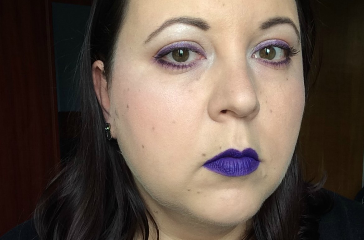 purpleandsilver_halloweeninspired_make-up_beautyinfiveminutescom