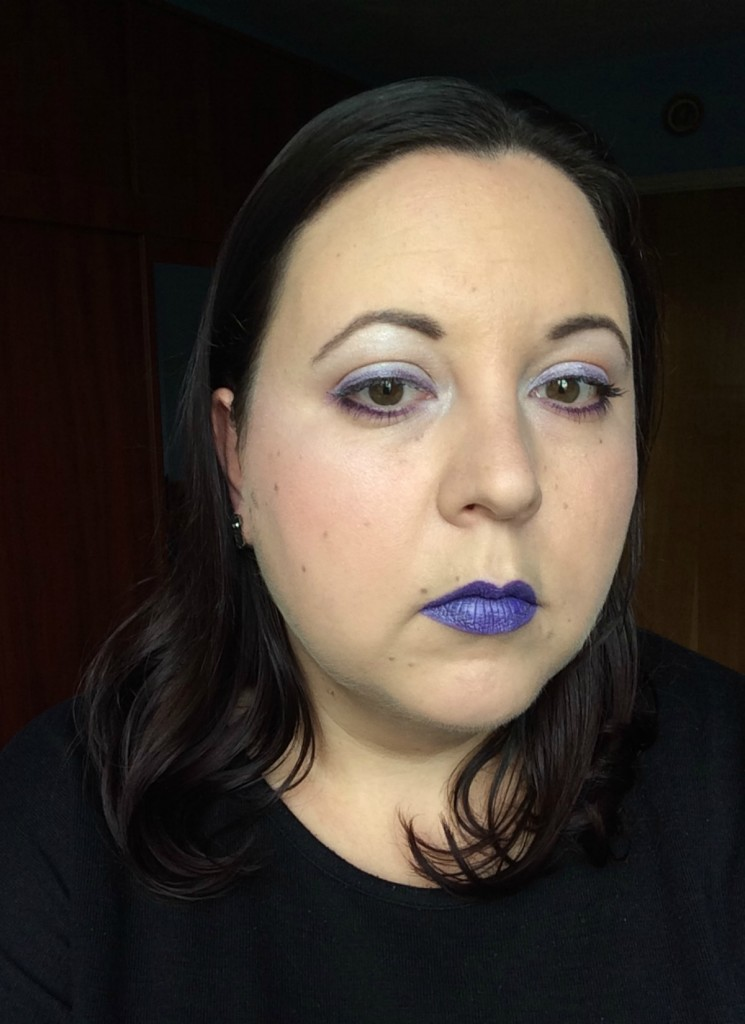 purpleandsilver_halloweeninspired_make-up_beautyinfiveminutescom-2