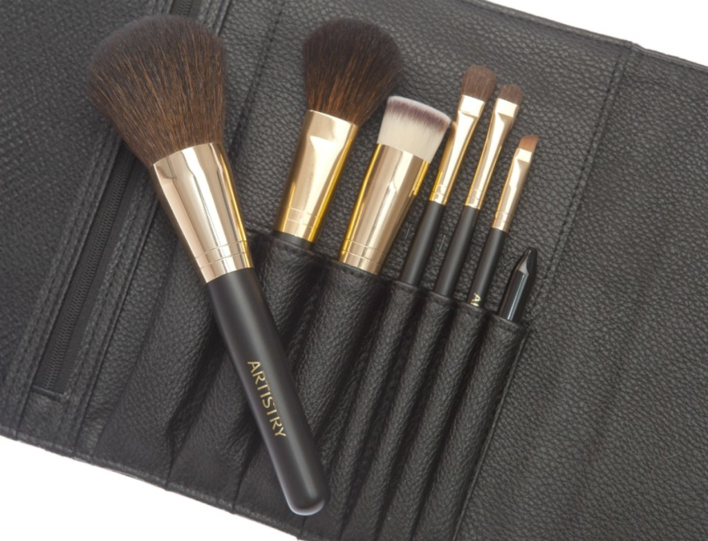 ARTISTRY Brush set