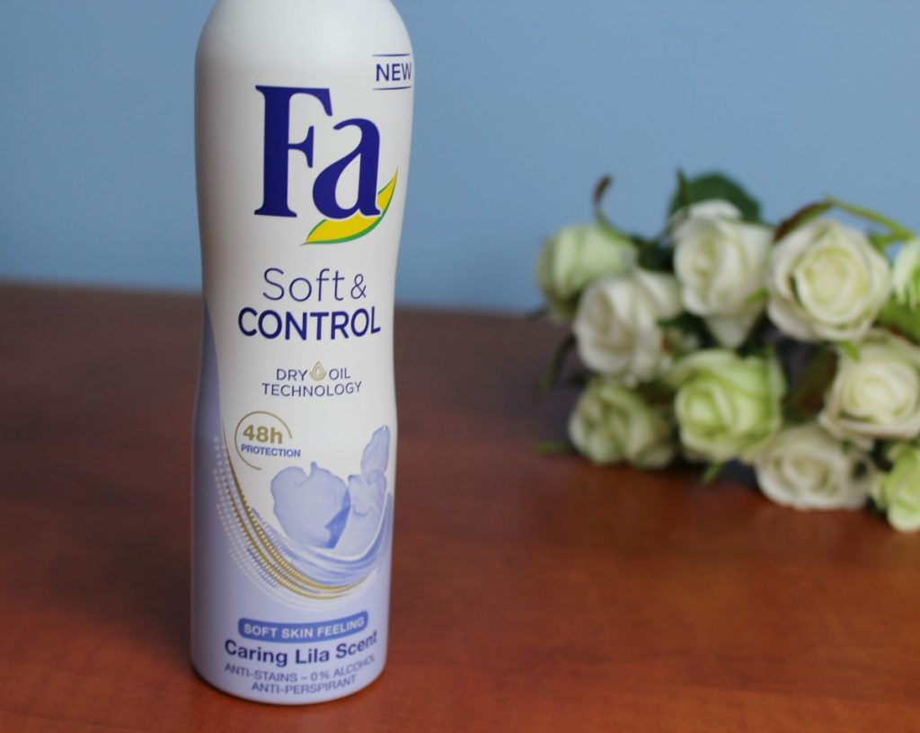 FA_SOFT&CONTROL_ANTI-PERSPIRANT_SPRAY_beautyinfiveminutescom1