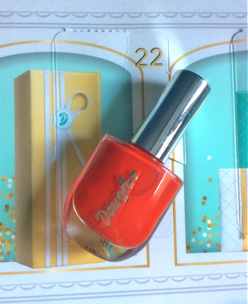 Douglas_Advent_Calendar_2017_nailpolish_beautyinfiveminutescom